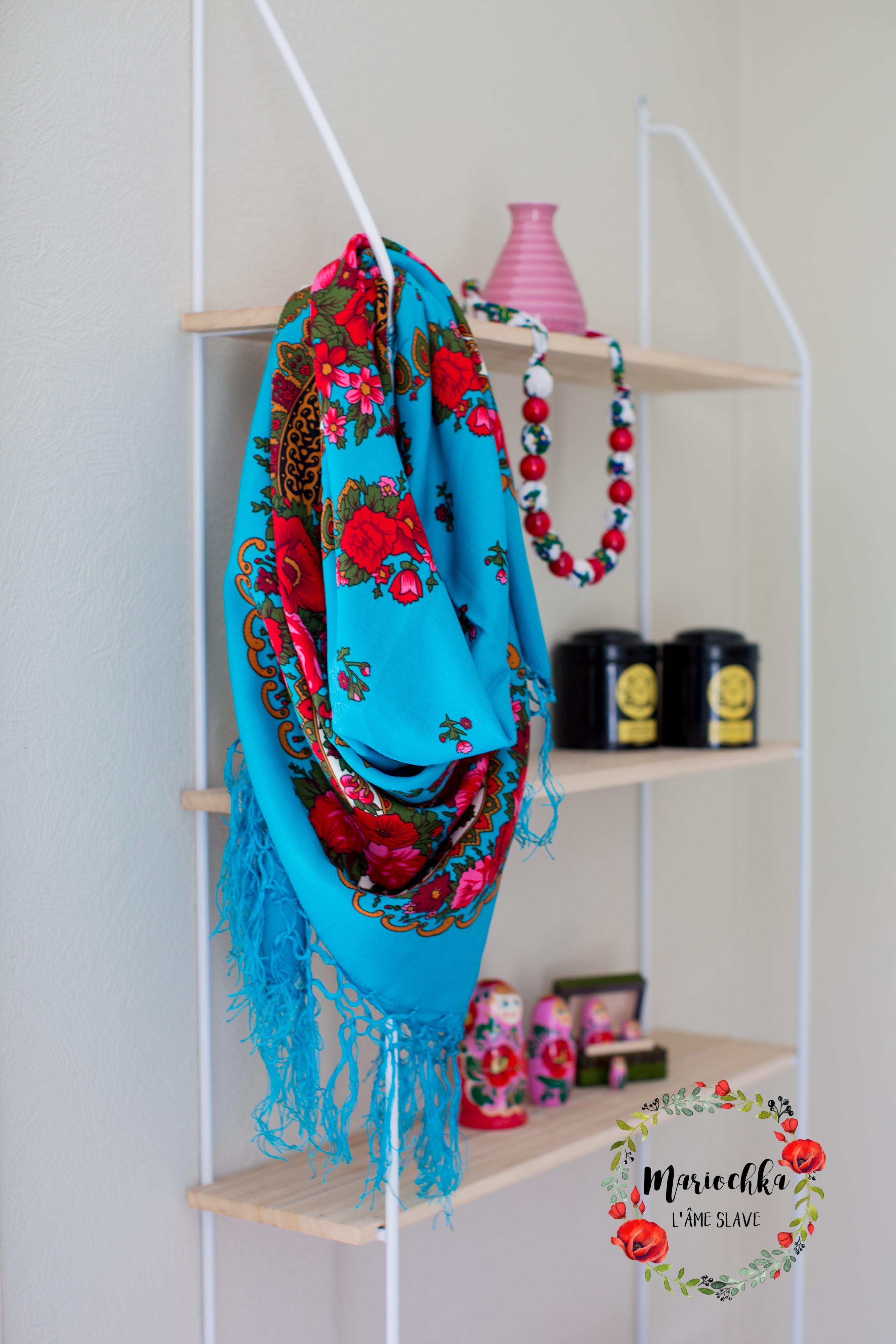 Foulard turquoise satiné longues franges - Mariochka cad77d47d6e